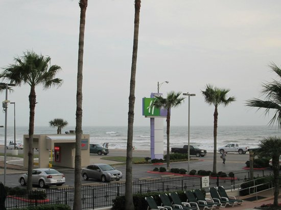 Holiday Inn Resort Galveston-On The Beach: ocean view from room