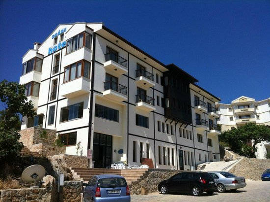 Doada Hotel: -