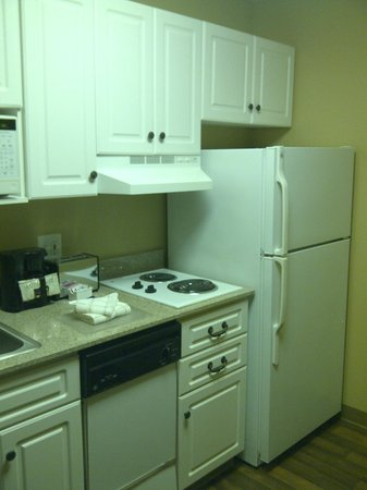 Extended Stay America - Seattle - Bothell - Canyon Park: The Kitchenette
