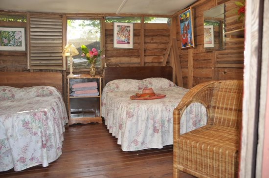 Secrets Cabins on Negril Beach: Cabin 4, for up to 4 guests, larger than cabins 1, 2 and 3.