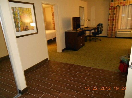 Huge Living Room Area Picture Of Hilton Garden Inn Pittsburgh Cranberry Cranberry Township