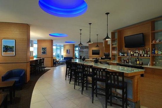 Four Points by Sheraton Tallahassee Downtown: Dining