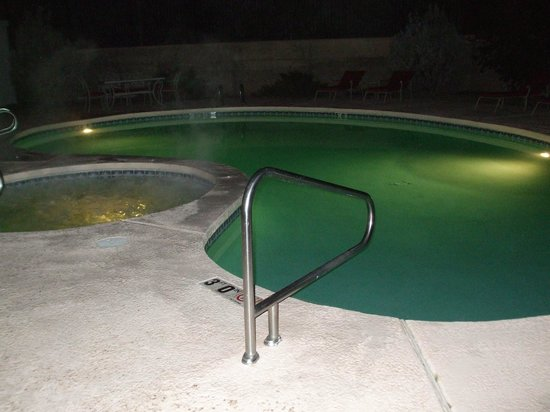 Motel 6 Moab: pool/hot tub