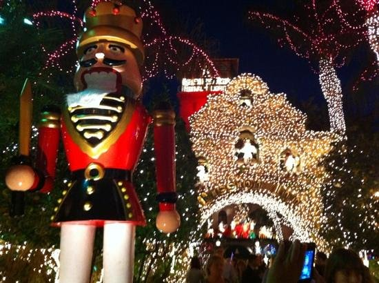 Riverside, Kalifornia: Mission Inn Festival of Lights
