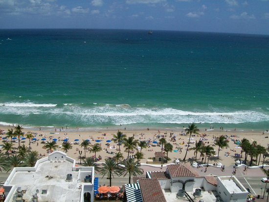 Beach Place Towers Fort Lauderdale: View from our balcony