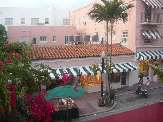The Clay Hotel: vista da espanola way