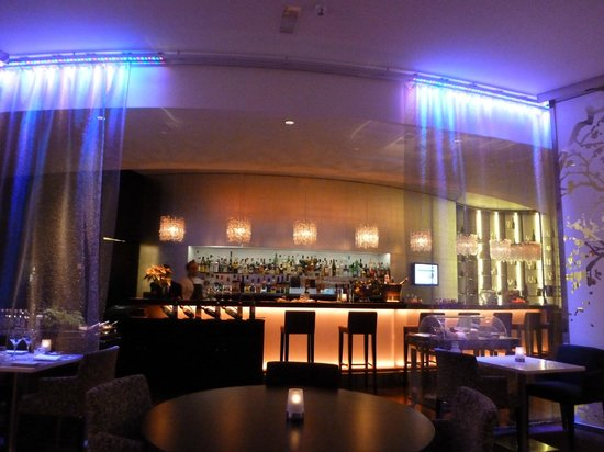 Sofitel Brussels Europe: Bar im Sofitel