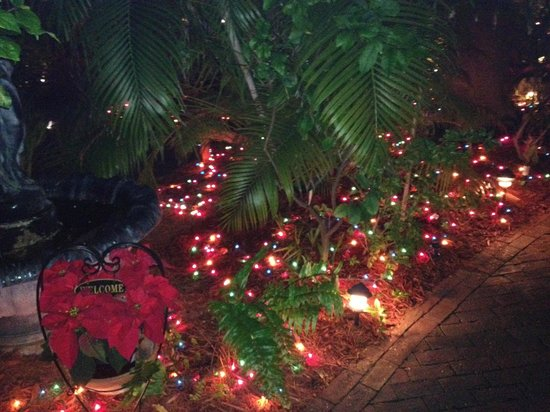Key West Harbor Inn: Christmas decorations