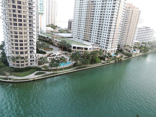 Viceroy Miami: view from our room Biscayne bay