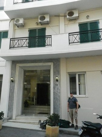 Hotel Mirabello front