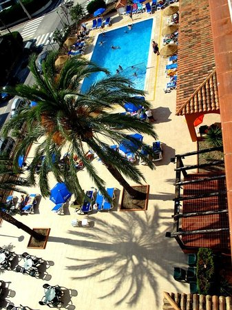 Europe San Salvador Hotel : Piscina 