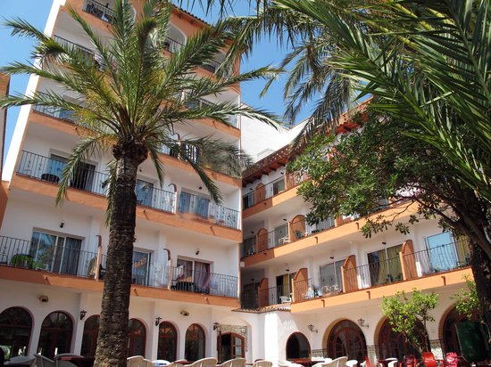 Comarruga Platja Hotel