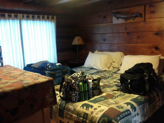 Loon Lake Lodge: One of two bedrooms