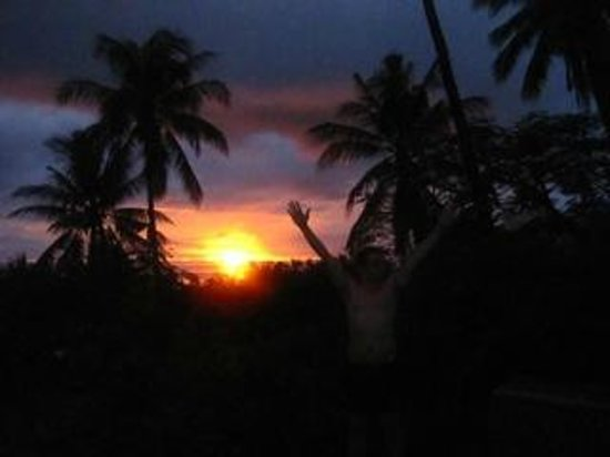 Koh Tao Anankhira: The sunset view from our room