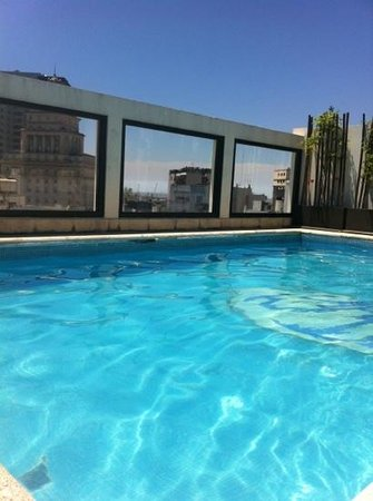 Argenta Tower Hotel and Suites: piscine sur le toit