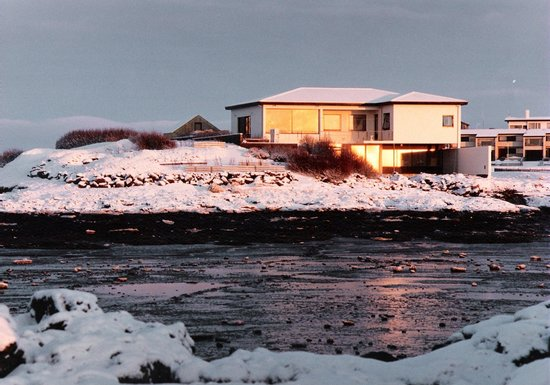 Borgarnes, Islandia: Winter at Kría Guesthouse