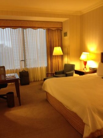 Loews New Orleans Hotel: King Room