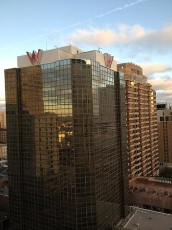 Loews New Orleans Hotel: Another view from King room