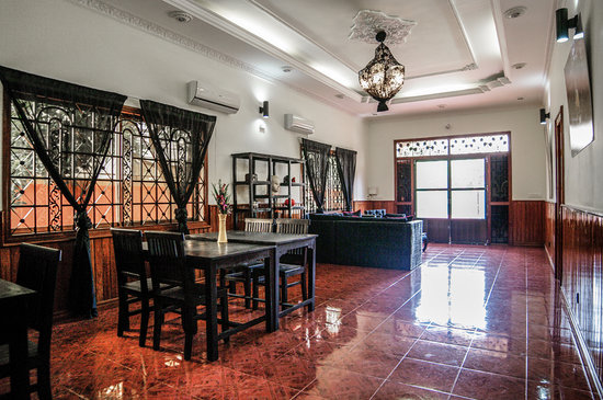 Serenite Guesthouse: Living Room