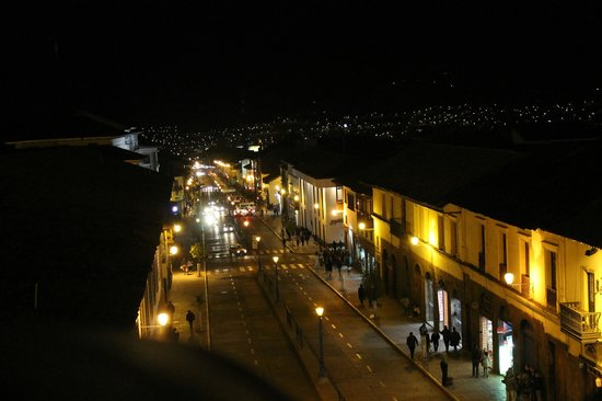 Plaza de Armas Cusco Hotel: Night view from bedroom window