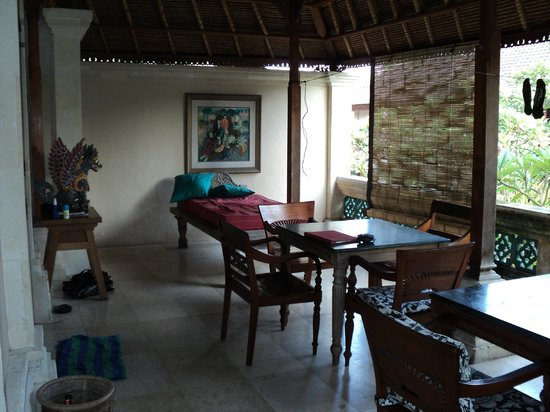 Honeymoon Guesthouses: Arjuna A & B Veranda