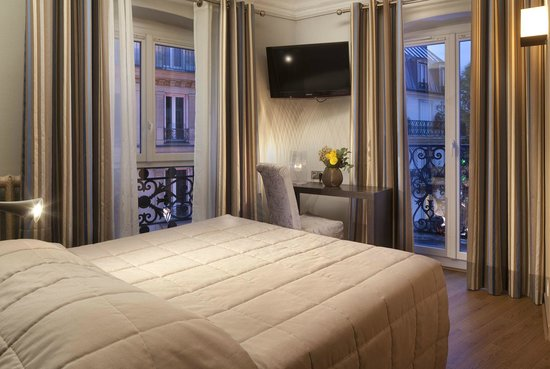 Avalon Paris Hotel: DOUBLE BALCON AVALON GARE DU NORD