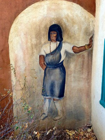 Mabel Dodge Luhan House: Painting on an exterior wall near the dining room.