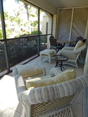 Sands at Grace Bay: Relaxing space