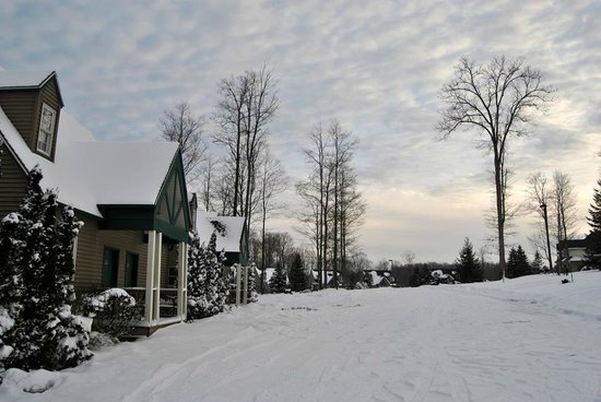 Spruce Hill Inn & Cottages: white goodness!