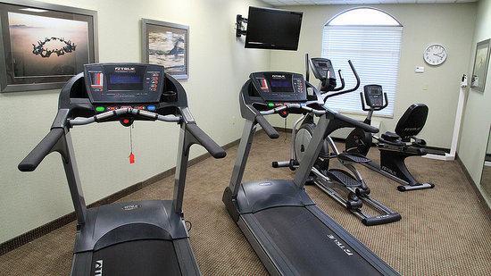 Holiday Inn Express Hotel & Suites Shreveport West : Fitness Center open 24 hours