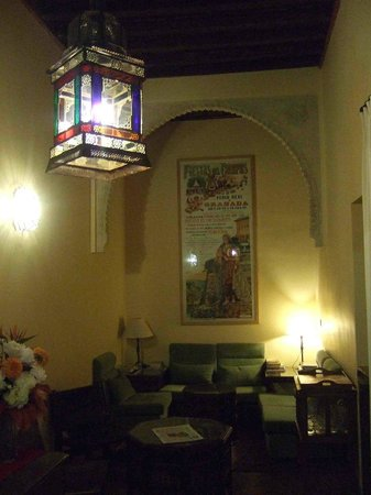 Hotel Casa Morisca: Cosy reading place, fast wifi, great coffee-table books