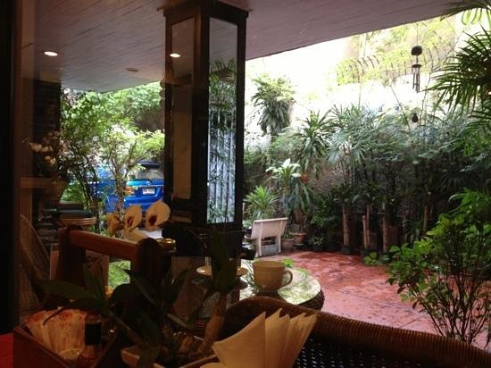 Baan Sukhumvit Inn Soi 20: 