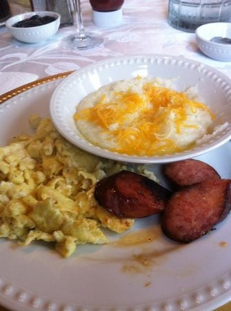 The Degas House: Grits, eggs and sausage at Degas House