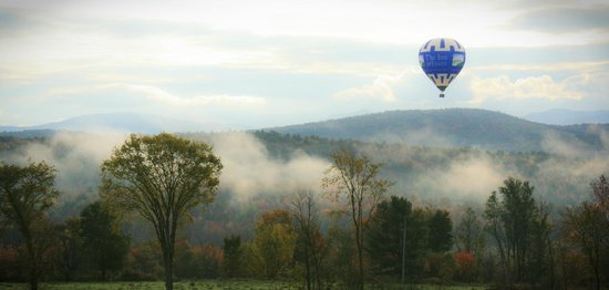 Essex, VT: Our balloon drifts over the misty Vermont countryside