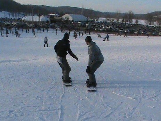 Lawrenceburg, IN: My boys snowboarding