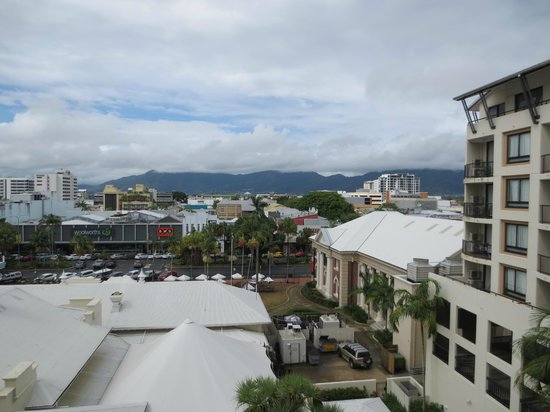 Mantra Esplanade Cairns: City view from the 5th floor