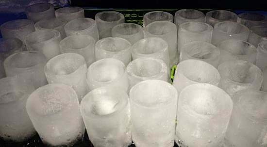 Grand Superior Lodge: Ice shot glasses