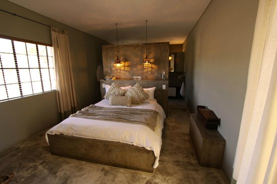 Olive Grove: Our Room