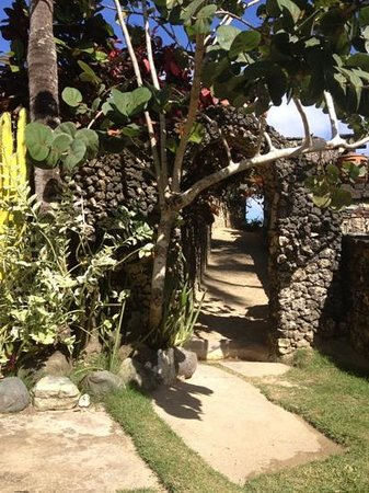 Hotel El Magnifico : main entryway to the beach