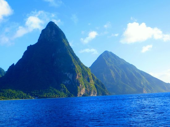 Coco Palm Resort: Les pitons