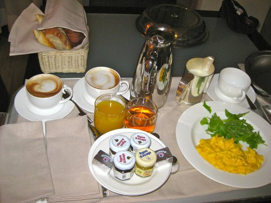 Lungarno Suites: Room Service Breakfast