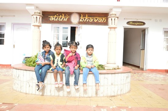 Trident Haveli Atithi Bhavan: In front of the Property