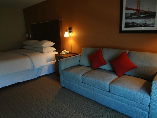 Four Points By Sheraton San Francisco Airport: Not a suite