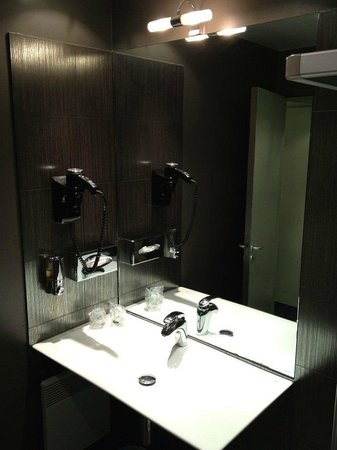 Le Fabe Hotel: Bagno Camera 15