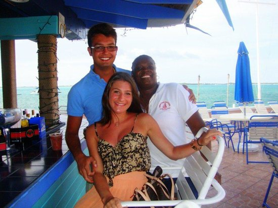 Club Peace & Plenty Exuma Island: At the bar with Annette