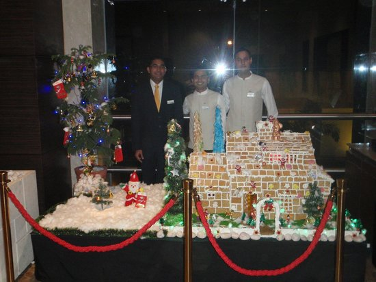 Radisson Blu Hotel Ahmedabad: Staff behind the edible house they built!