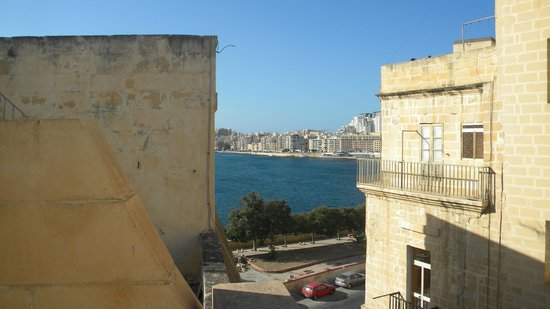 Valletta Suites: View from the top terace
