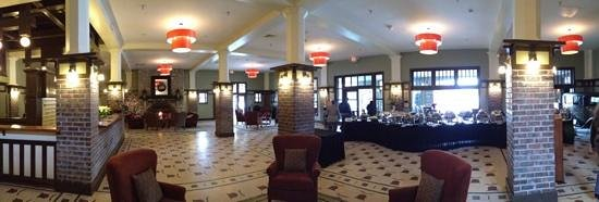 The Elms Hotel and Spa: Lobby including New Years Brunch