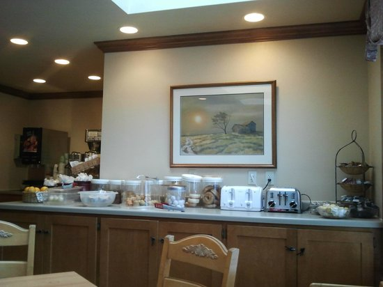 ‪‪Homestead Suites‬: breakfast