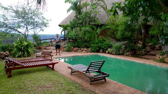 Gorges Lodge: Nice pool in lush surroundings